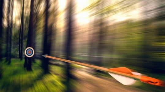 Quelle est la vitesse d'une flèche tirée d'un arc à poulies